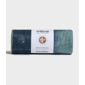 "MANDUKA ""eQua yoga mat towel"" groß — verschiedene Farben"