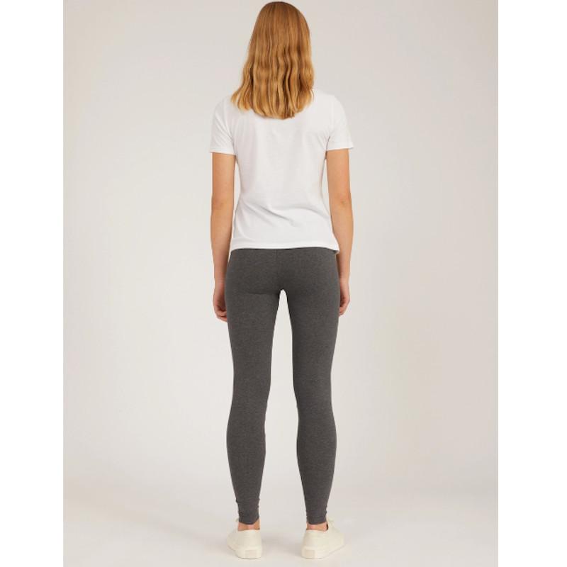 Leggings mit hohem und breitem Bund, bietet Dir Bewegungsfreiheit und gerät nie aus der Form. 100% Eco und Fair produziert.