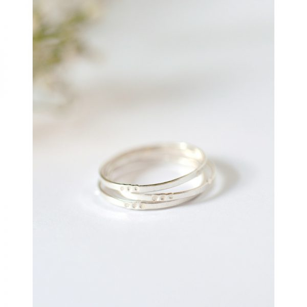WILD-FAWN-Dot-Band-Ring-silber