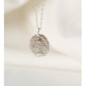 "WILD FAWN Halskette ""Scalloped Medallion Pendant"" silver, 50cm"