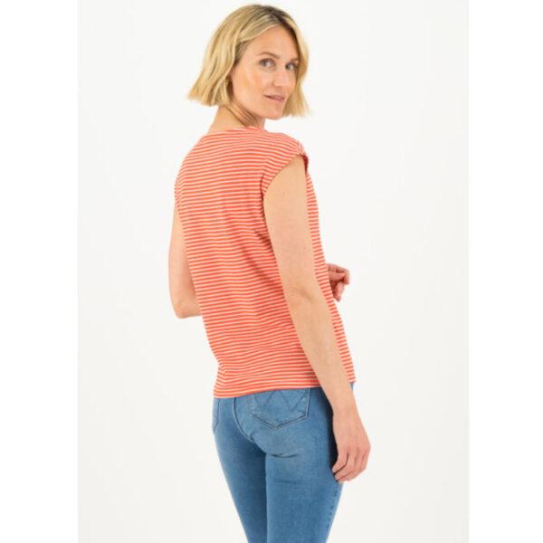 Feine Streifen in rot/weiß, toppen jede Jeans oder Jeansrock.
